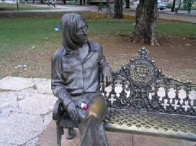 20100614181021-john-lennon-estatua.jpg