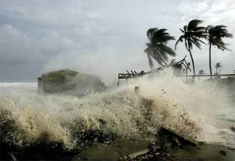 20111027161559-jpg-cuban-hurricane.jpg