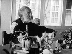 20110811191717-hemingway-cats.jpg